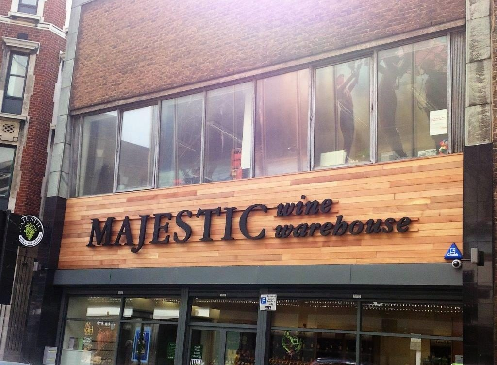 Retail - Majestic Wine Covent Garden New Entrance